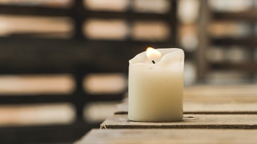 How to Start Candle Making Business From Home